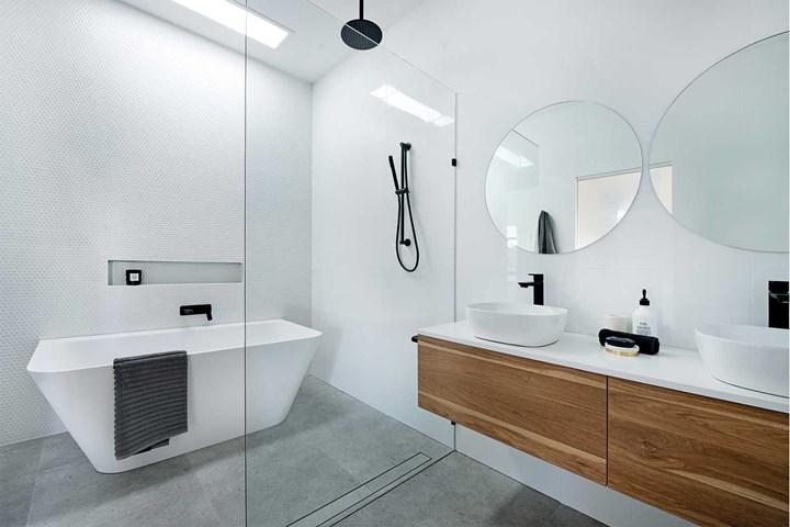 bathroom-renovate.jpg